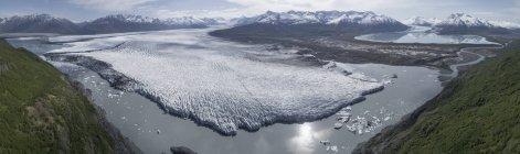 Панорамний вид на льодовик в лагуни, Knik льодовика, Палмер, Аляска, США — стокове фото