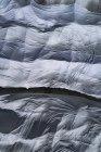 Colpo di telaio completo di teloni bianchi — Foto stock