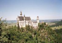 Вид с воздуха на замок Нойшванштайн, Бавария, Германия — стоковое фото