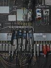 Nahaufnahme der elektrische Draht-Verbindungen an Wand — Stockfoto