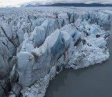 Vista aérea del glaciar en la laguna - foto de stock