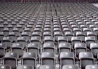 Captura de fotograma completo de asientos del estadio - foto de stock