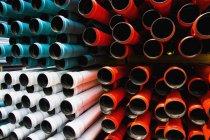 Colpo di telaio completo di bordi di tubi di plastica — Foto stock