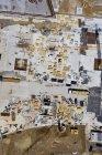Вид с воздуха на промышленное строительство в солнечный день — стоковое фото