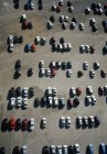 Vista aerea del parco auto di giorno pieno di sole — Foto stock