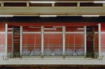 Empty modern train station platform — Stock Photo