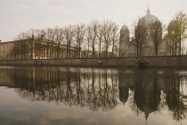 Berlin Cathedral along tranquil Spree River, Berlin, Germany — Stock Photo
