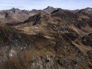 Vista panorâmica áspero marrom cordilheira, Ischgl, Tirol, Áustria — Fotografia de Stock