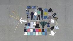 Knolling adolescent garçon et vêtements garde-robe — Photo de stock