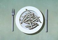 Куча сардин на тарелке — стоковое фото