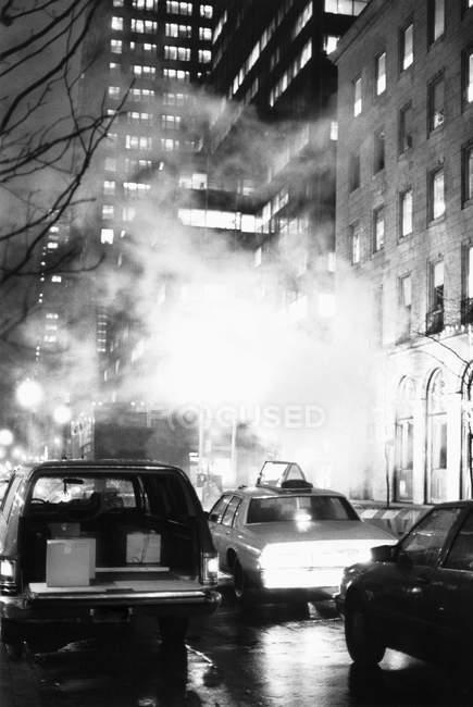 Scène de trafic New York city de nuit — Photo de stock