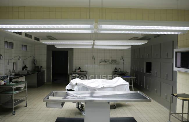 Vista interior para o departamento de patologia em um hospital — Fotografia de Stock