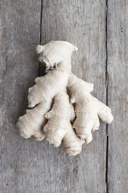 Directly above view of ginger on wooden table — Stock Photo