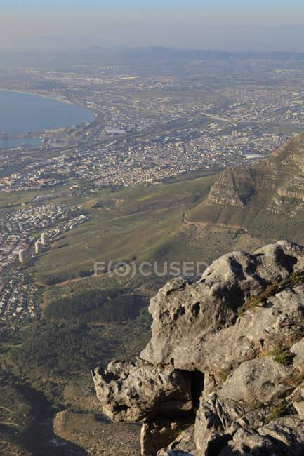Luftaufnahme von Kapstadt vom Tafelberg aus gesehen — Stockfoto