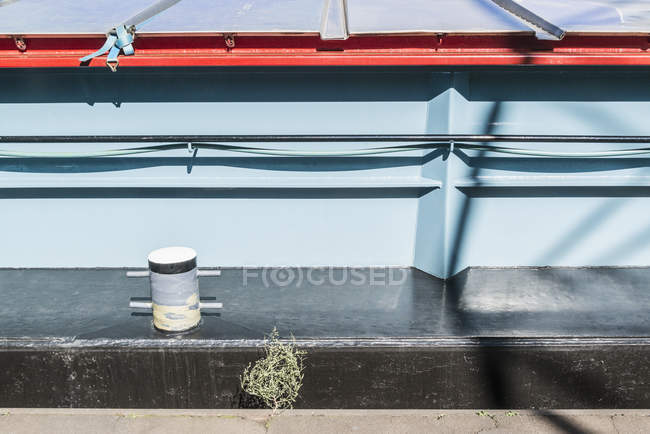 Bollard on ship moored at harbor — Stock Photo