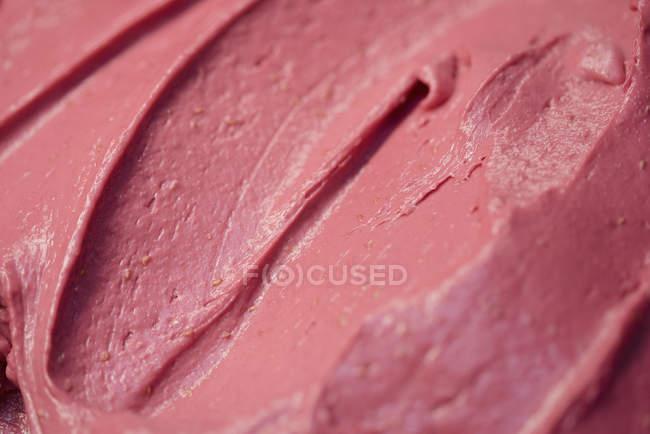 Повний кадр постріл з Полуничним морозивом — стокове фото