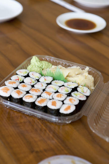 Close up view of sushi in lunch box on table — Stock Photo
