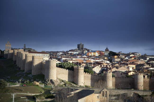 Vista a distanza della Castiglia y Leon contro il cielo limpido — Foto stock