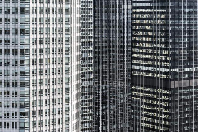 Концептуальні, великим планом, повний кадр зору сучасних офісних центрів, Манхеттен, Нью-Йорк — стокове фото