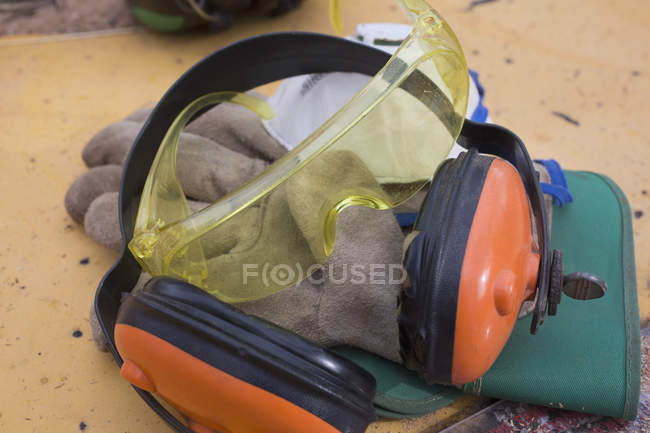 Close up view of construction worker's safety equipment — Stock Photo