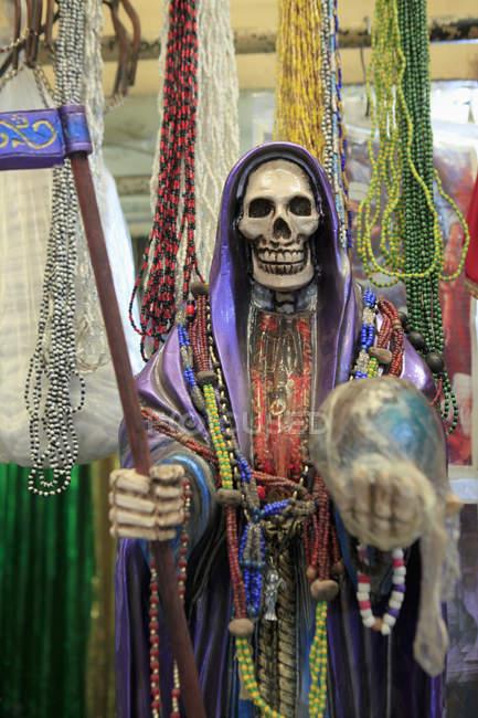 Фігура смерті для продажу на ринку — стокове фото