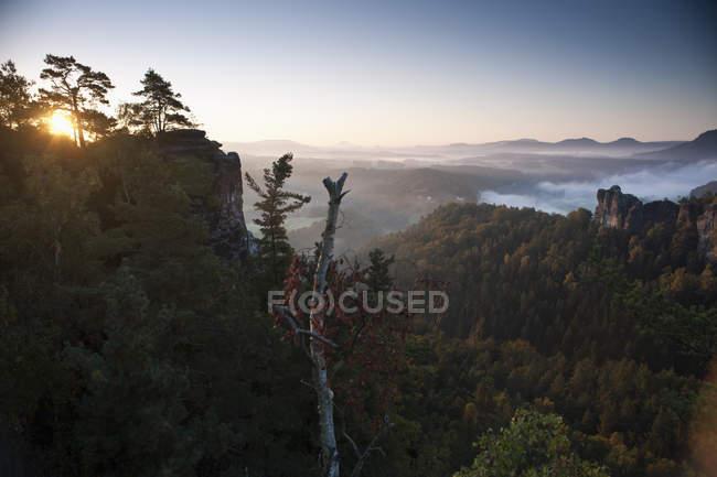 Sun rising scenic green mountain valley — Stock Photo
