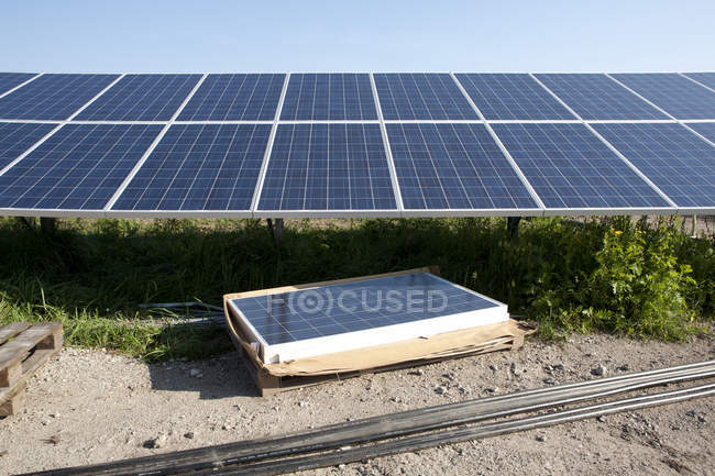 Industrial solar panel station under construction — Stock Photo