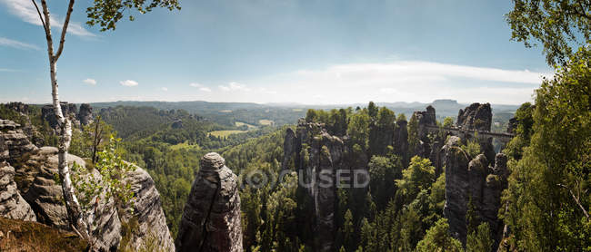 The Bastei bridge and Elbe Sandstone Mountains, Bastei, Saxony, Germany — Stockfoto