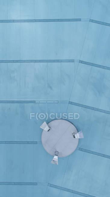 Direkt über Detailansicht des Poolbodens mit Wasserhahn — Stockfoto