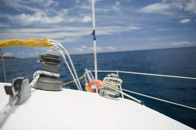 Surface level view of yacht deck at sea — Stock Photo