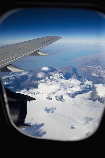 Vista aérea de avião em voo — Fotografia de Stock
