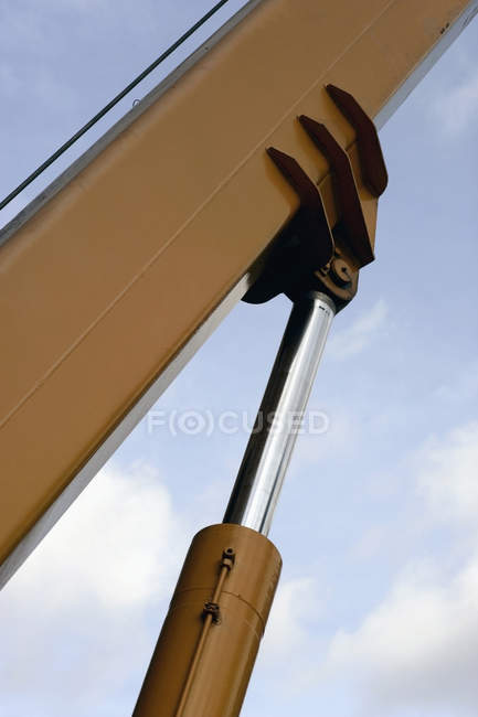 Shock absorbers supporting huge beam of crane — Stock Photo