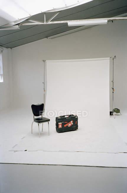 Interior of empty photography studio with utensils — Stock Photo