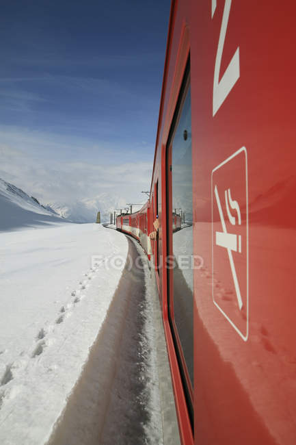 No smoking sign on train moving at scenic winter landscape — Stock Photo