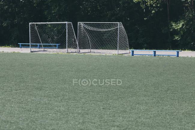 Представление пустого футбольное поле — стоковое фото