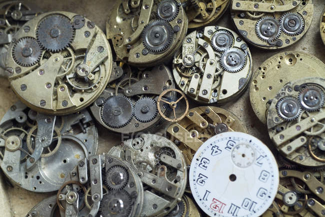 Vollbild-Aufnahme alter Uhrenteile — Stockfoto
