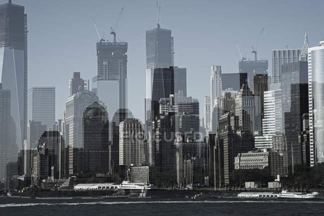 Dupla exposição do distrito financeiro de Manhattan, Nova Iorque, EUA — Fotografia de Stock