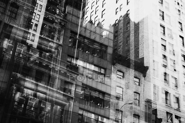 Esposizione multipla di facciate di edifici — Foto stock