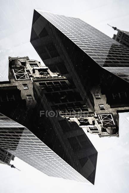 Digitalen Compositing Wolkenkratzer Gebäude — Stockfoto