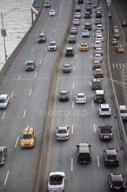 View of FDR drive motorway with East River in the background — Stock Photo