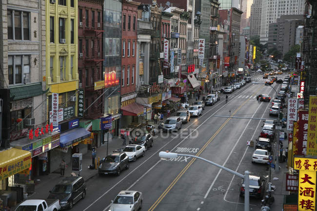 Shot from Manhattan Bridge to Canal Street in Chinatown — Stock Photo