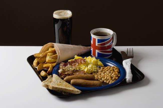 Close up view of tray with stereotypical English food — Stock Photo