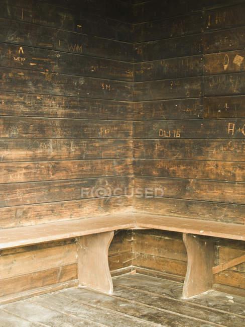 Detail einer schäbigen Holzbude — Stockfoto