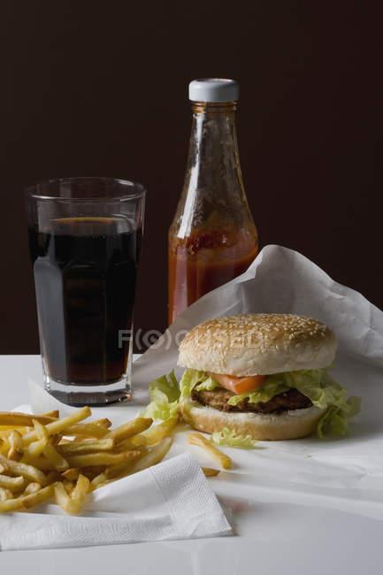 Nature morte de repas de restauration rapide américaine — Photo de stock