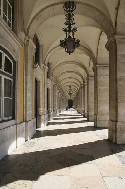 Внешний вид арочных коридора на богато дворец — стоковое фото