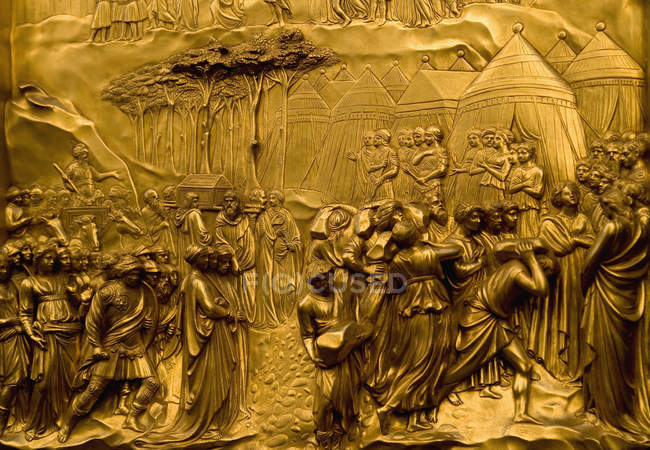 Full frame shot of gold relief — Stock Photo
