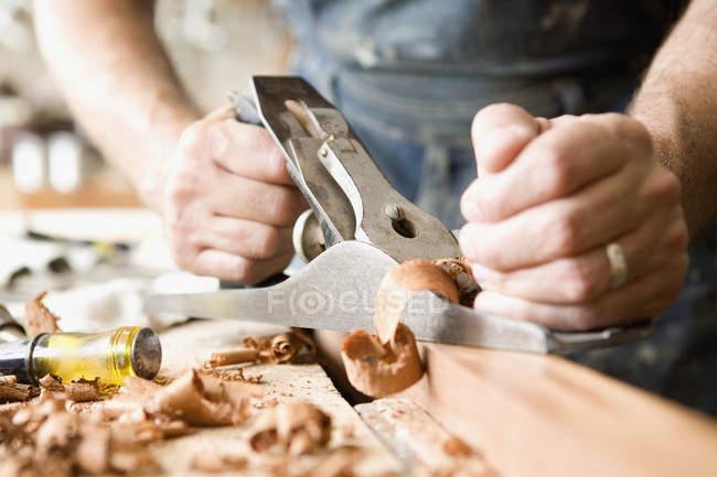 Міделю Карпентер планування деревини — стокове фото