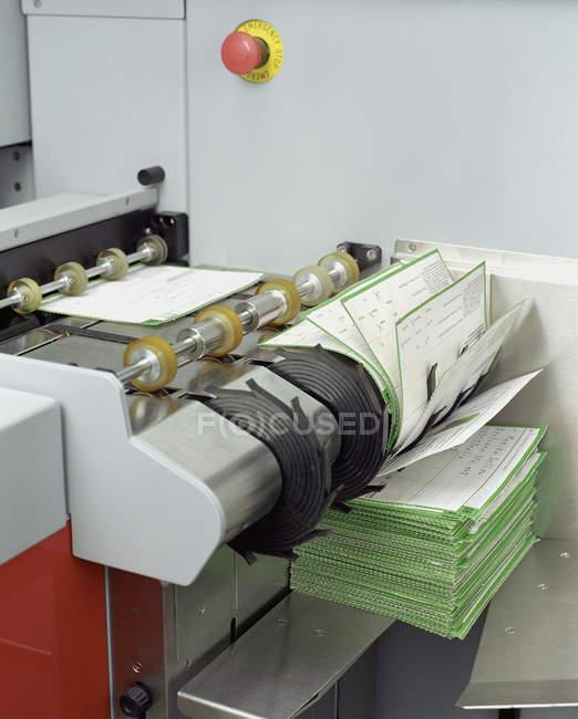 Вид збоку робочого сканування машина — стокове фото