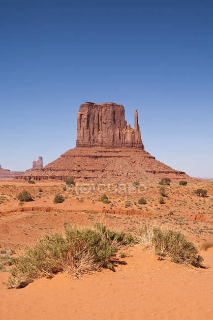 West Mitten Butte, Monument Valley Navajo Tribal Park, Monument Valley, Arizona, USA — Stock Photo