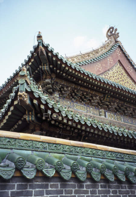 Exterior oriental temple in Forbidden City, Beijing, China — Stock Photo